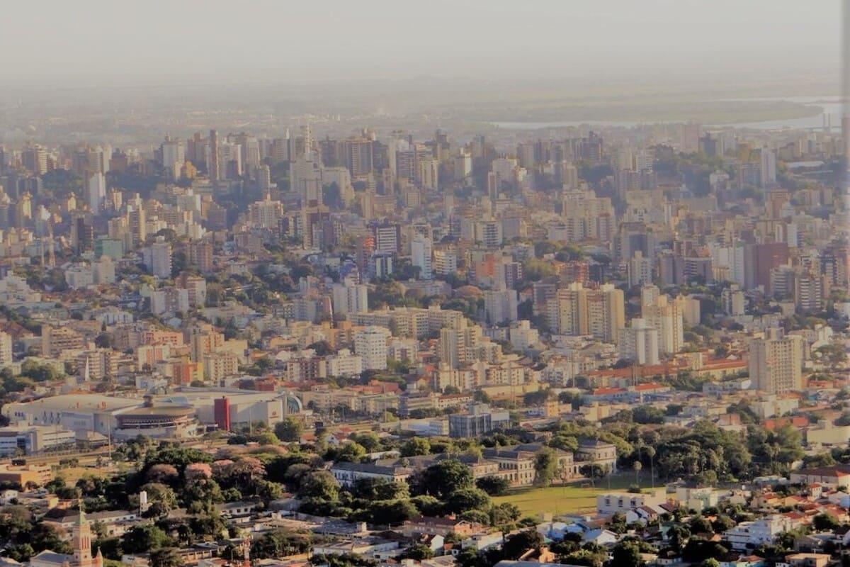Encontre Casas à Venda na Zona Sul de Porto Alegre