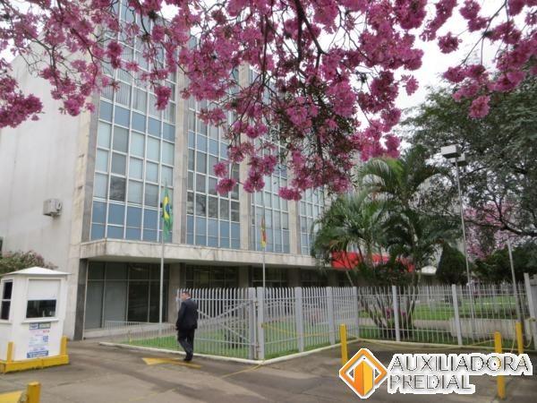 Prédio para alugar no bairro Navegantes, em Porto Alegre