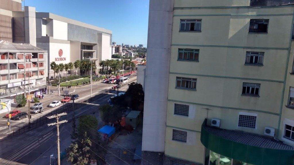Sala/conjunto comercial à venda no bairro Cristo Redentor, em Porto Alegre