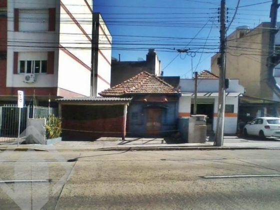 Casa comercial à venda no bairro São João, em Porto Alegre
