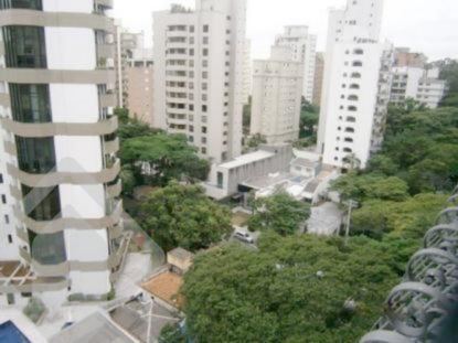 Apartamentos de 4 dormitórios à venda em Vila Nova Cachoeirinha, São Paulo - SP