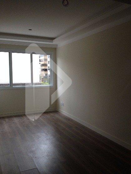 Pronto para morar. No coração do Moinhos de Vento, a poucos metros do parcão, apartamento duplex de 01 dormitório, com 01 vaga de garagem, entregue com piso laminado e rebaixamento de gesso, em um empreendimento de renomada construtora. Acabamento classe A..