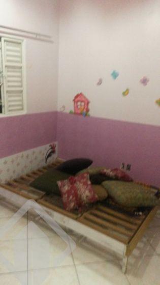 Casa de 3 dormitórios à venda em Ponta Porã, Cachoeirinha - RS