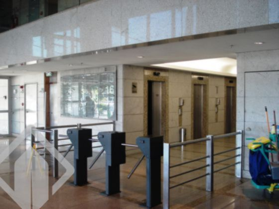 Salas/conjuntos de 1 dormitório à venda em Chácara Das Pedras, Porto Alegre - RS