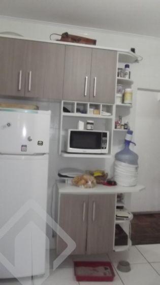 Amplo apartamento de frente ( 98,00m2 privativos), 3 dorm. living 2 ambientes com sacada, escritório, cozinha americana bem ampla, espaço gourmet, pátio privatico com churrasqueira, banheiro, área de serviço,  bem arejado, ensolarado. Próximo de todos os recursos do bairro, não perca essa oportunidade, agende agora mesmo a visita com o corretor ao lado indicado, ou pelo whatssap 8593.0149.