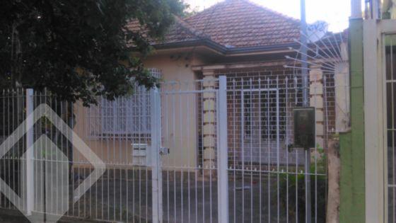 Casa antiga, própria para construção de prédio, em lugar nobre do Bairro Santana