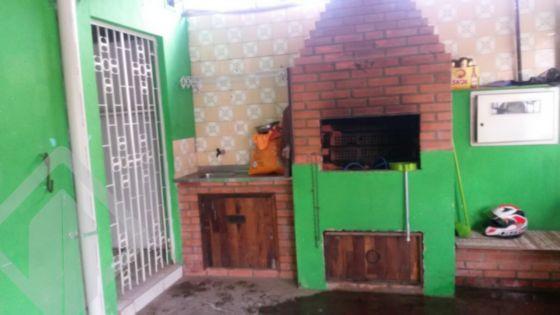 Casa de 2 dormitórios à venda em Navegantes, Porto Alegre - RS