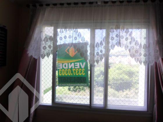 Ótimo apartamento de 02 dormitórios, living em 02 ambientes, cozinha e área de serviço. Excelente posição solar, sol da manhã!! Condomínio com portaria e salão de festas.