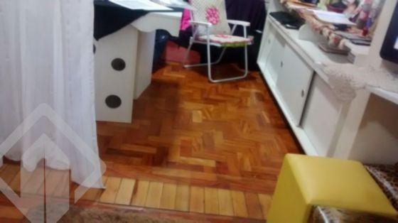 Ótimo apartamento de 04 dormitórios, cozinha, área de serviço separada, um banheiro social, em ótima localização no bairro Rio Branco, na cidade de Porto Alegre, box rotativo. Próximo a todos os recursos do bairro.