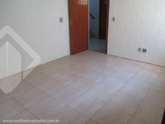 """Na Cristiano Kraemer, 2 dormitórios com 38,24m² área útil, piso cerâmico, edifício com quiosques, churrasqueira, salão festas, playground, portaria, estacionamento rotativo. """"Estou disponível no WhatsApp. Adicione o telefone que aparece ao lado."""
