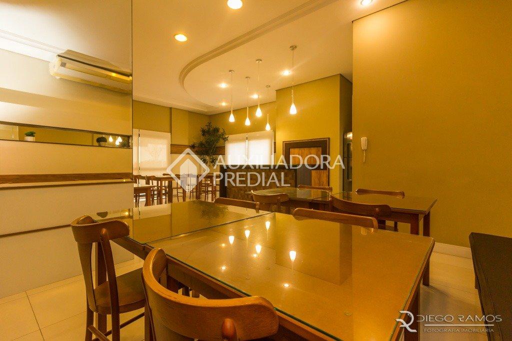 Apartamentos de 3 dormitórios à venda em Cristal, Porto Alegre - RS