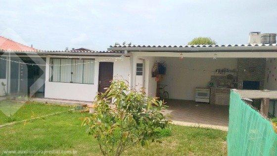 Casa de 4 dormitórios à venda em Centro, Balneário Pinhal - RS