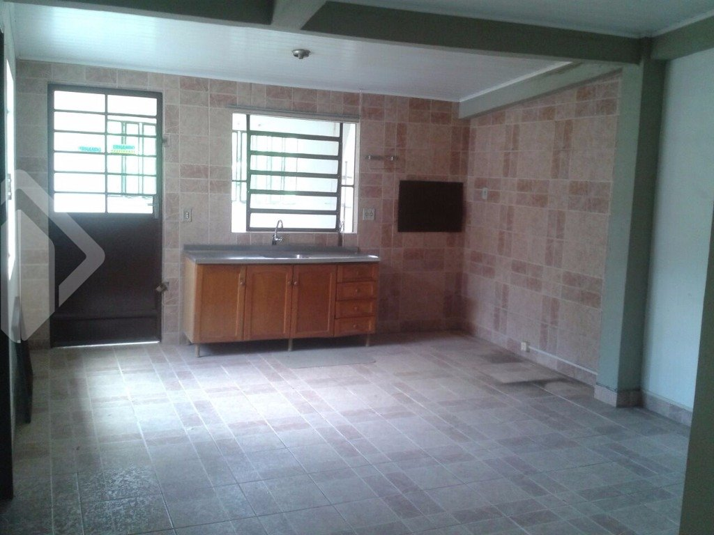 Casa de 2 dormitórios à venda em Jardim Do Salso, Porto Alegre - RS