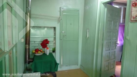 Casa de 2 dormitórios à venda em Centro, Garibaldi - RS