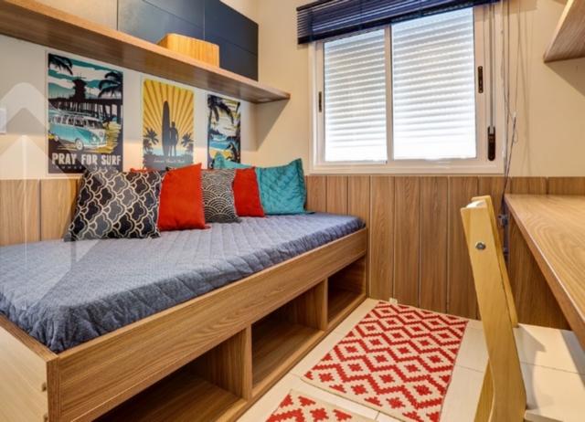 Casa Em Condominio de 2 dormitórios à venda em Olaria, Cachoeirinha - RS