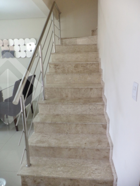 Casa de 3 dormitórios à venda em Vila Imbuí, Cachoeirinha - RS