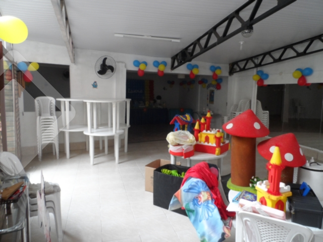 Predio Comercial de 1 dormitório à venda em Chácara Das Pedras, Porto Alegre - RS