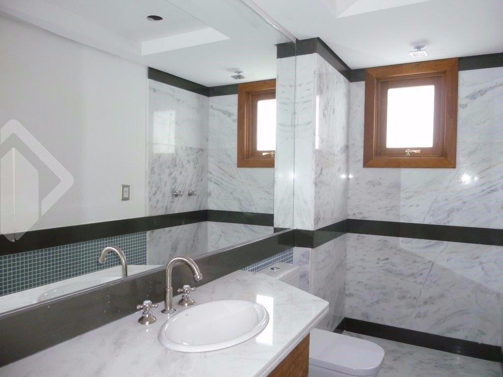 Casa Em Condominio de 4 dormitórios à venda em Centro, Canela - RS