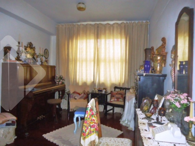 Apartamentos de 3 dormitórios à venda em Bom Fim, Porto Alegre - RS