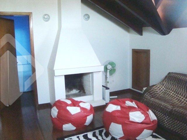 Casa de 4 dormitórios à venda em Centro, Esteio - RS