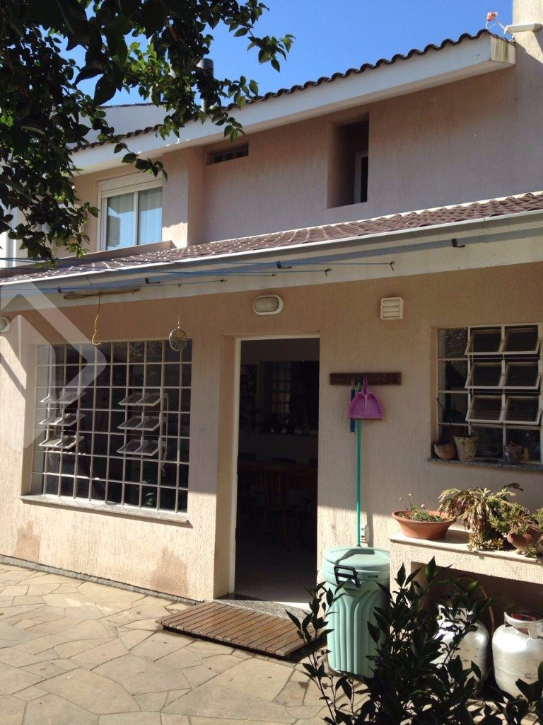 Casa de 3 dormitórios à venda em Jardim Carvalho, Porto Alegre - RS