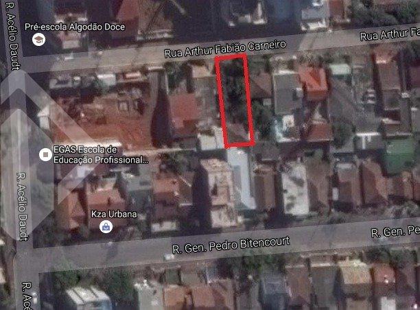 Terreno próximo ao Iguatemi, no bairro Passo D' Areia, em Porto Alegre. Com 10x30, somando uma area total de 300m².  Agende sua visita com nossa corretora licenciada! Tambem atendemos pelo WhatsApp!!