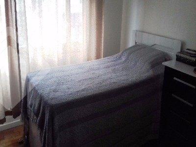 Apartamento 1 dormitório com 34m², Bairro Santa Cecilia, próximo à Ipiranga, fácil acesso as faculdades, bem iluminado, living, banheiro social, cozinha, área de serviço separada. Prédio pequeno, condomínio baixo.