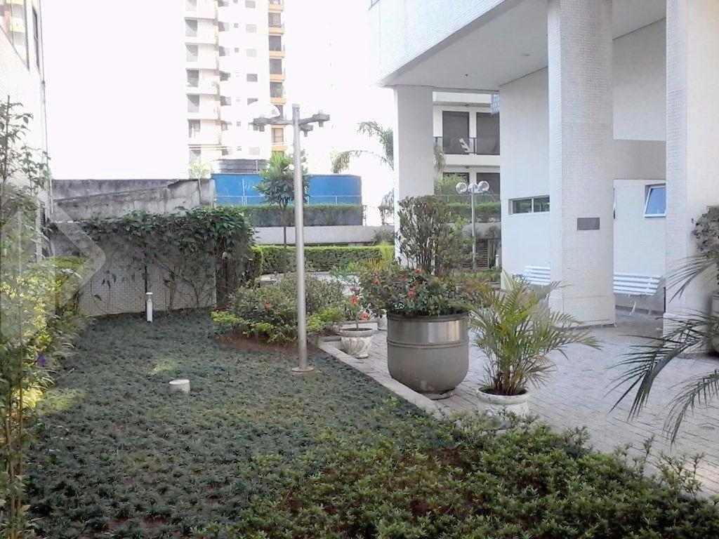 Sala/conjunto comercial para alugar no bairro Moema Índios, em São Paulo