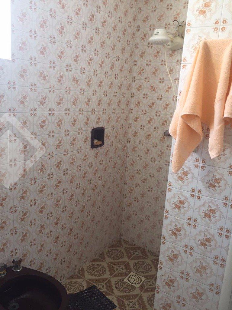 Casa de 4 dormitórios à venda em Centro, Pelotas - RS