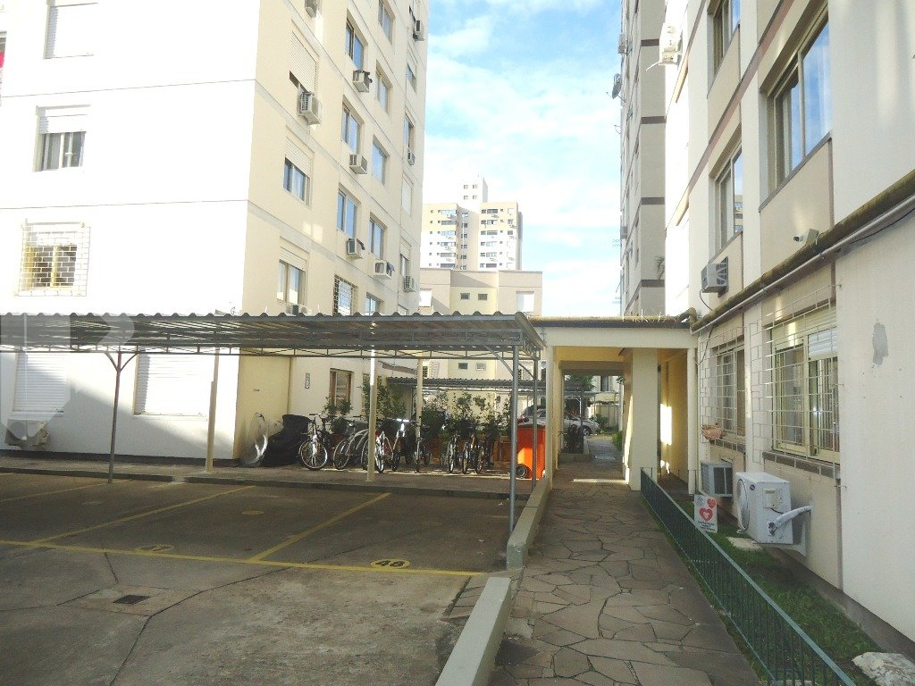 Apartamentos de 1 dormitório à venda em Santana, Porto Alegre - RS