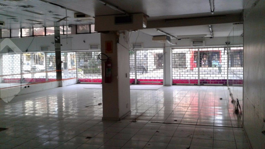 Loja para alugar no bairro INDIANOPOLIS, em São Paulo