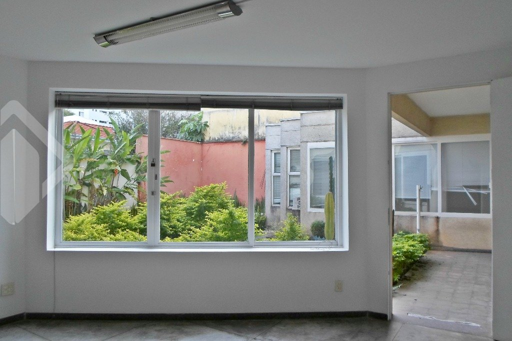 Casa 3 quartos para alugar no bairro Sumaré, em São Paulo