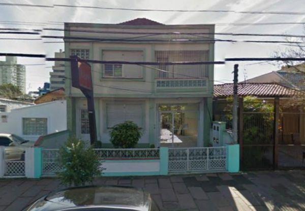 Casa 3 quartos para alugar no bairro Santana, em Porto Alegre