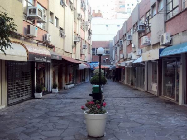 Sala/conjunto comercial para alugar no bairro Independencia, em Porto Alegre