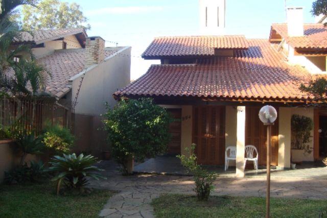 Casa 3 quartos para alugar no bairro Partenon, em Porto Alegre
