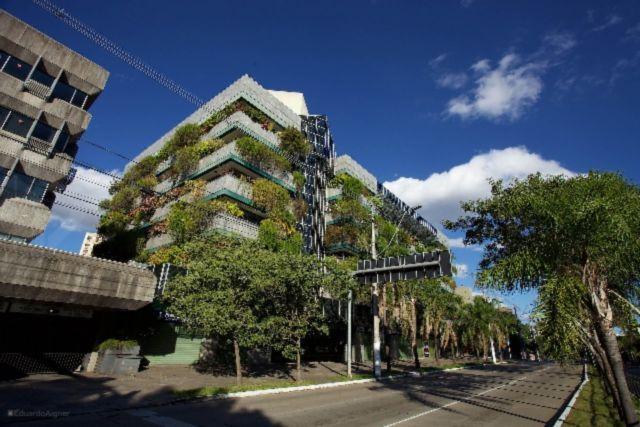 Sala/conjunto comercial para alugar no bairro Higienopolis, em Porto Alegre
