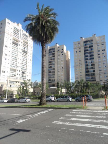Apartamento 3 quartos para alugar no bairro Jardim Europa, em Porto Alegre