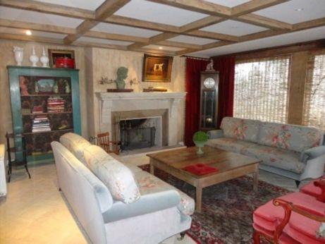Casa 5 quartos para alugar no bairro Saint Moritz, em Gramado