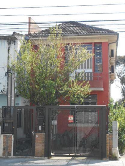 Casa comercial 7 quartos para alugar no bairro Menino Deus, em Porto Alegre