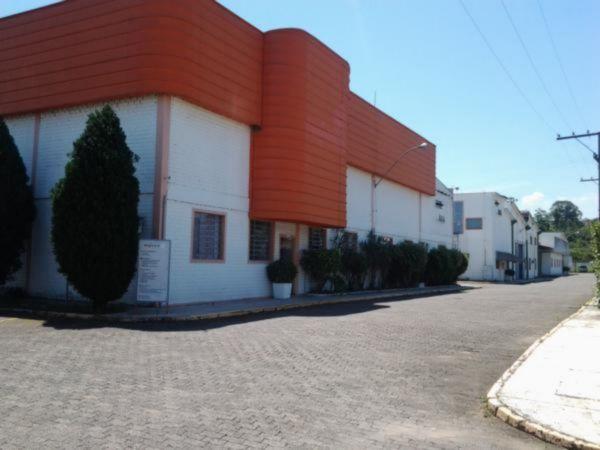 Prédio para alugar no bairro Centro, em Campo Bom