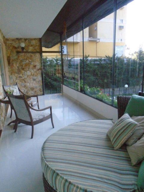 Casa 6 quartos para alugar no bairro Centro, em Canela