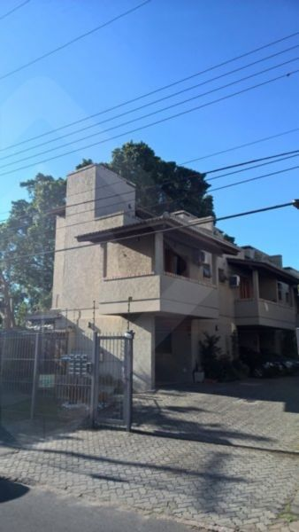Casa em condomínio 2 quartos para alugar no bairro Guaruja, em Porto Alegre