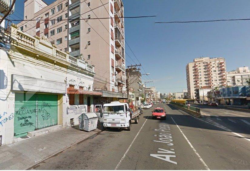 Prédio para alugar no bairro Farroupilha, em Porto Alegre