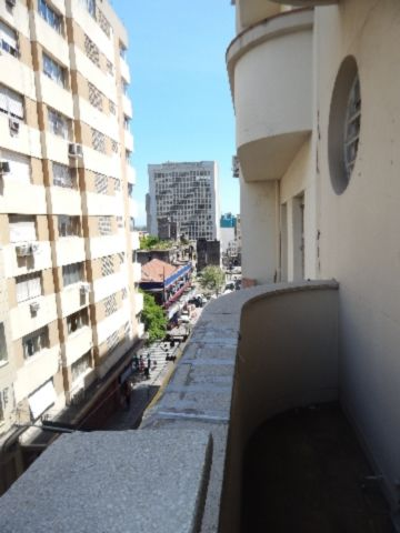 Apartamento 3 quartos para alugar no bairro Independência, em Porto Alegre