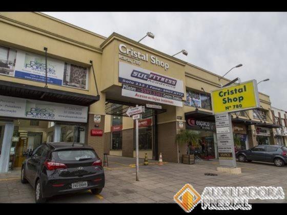 Loja para alugar no bairro Cristal, em Porto Alegre