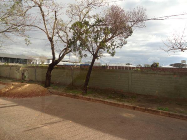 Lote/terreno para alugar no bairro Farrapos, em Porto Alegre