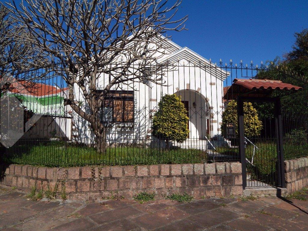Casa 3 quartos para alugar no bairro Passo Da Areia, em Porto Alegre