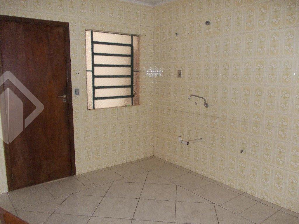 Casa 5 quartos à venda no bairro Vila Imbuí, em Cachoeirinha
