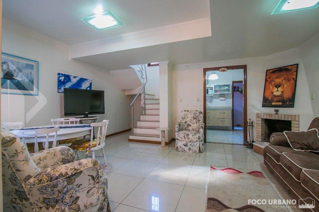 Casa em condomínio 3 quartos à venda no bairro Medianeira, em Porto Alegre