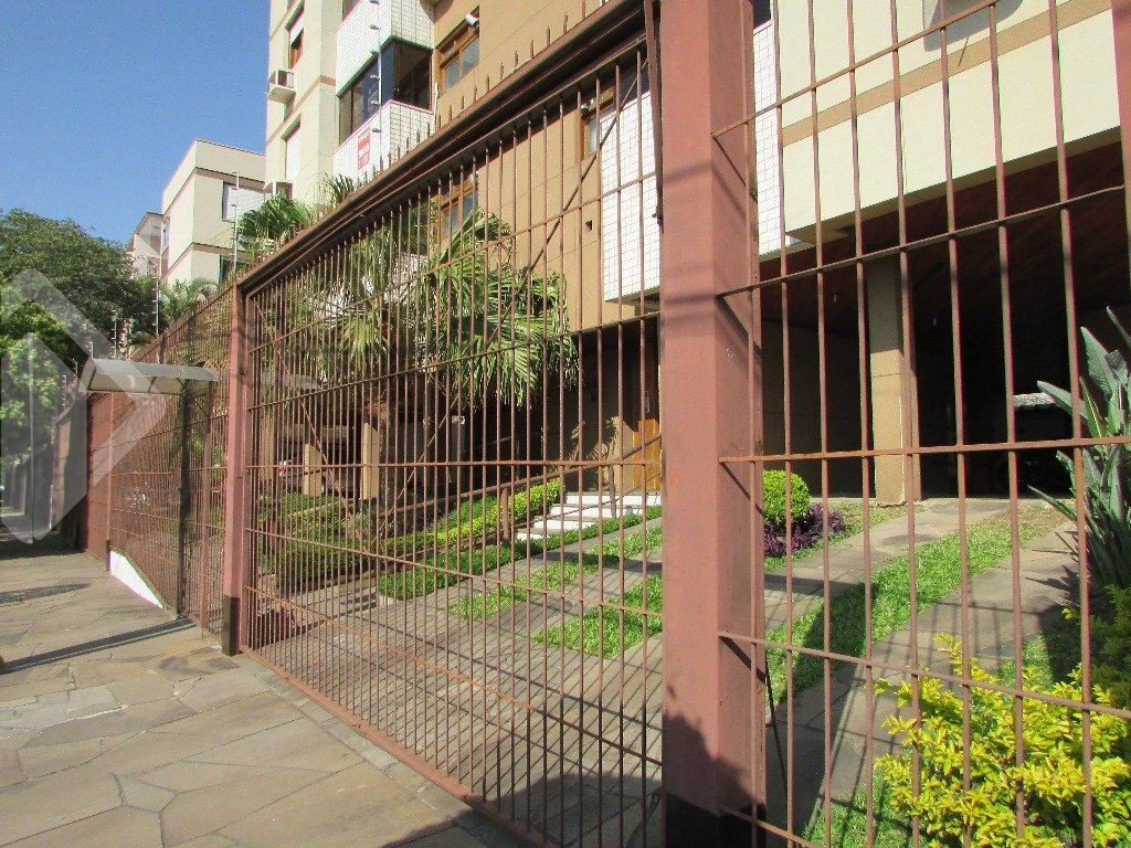 Apartamento 2 quartos para alugar no bairro São Sebastião, em Porto Alegre
